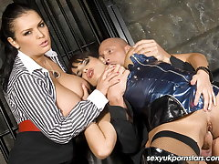 Heavy titted Valerie Summer and Jasmine Black have a threesome