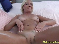 Sexy Milf Teases then Oils Regarding for a Pussy Pang