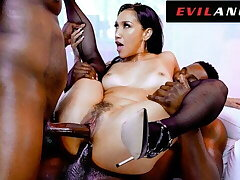 EvilAngel - X Latina Vicki Chase Gets DPed By 2 Organism Cocks
