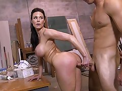 BANGBROS - Big Booty MILF Kendra Lust Taking Dick From Sean Lawless