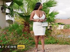 Ebony Milf bbw Layton Bento loves lil white boys with obese